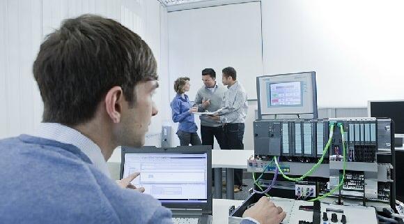 Engineer in PLC training